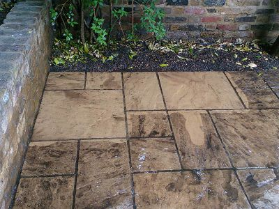 patio cleaning in Kilburn