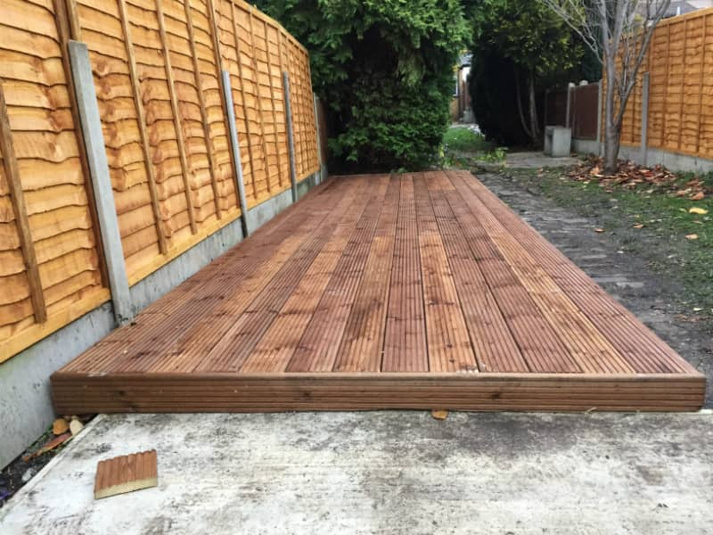 new deck in garden in E6